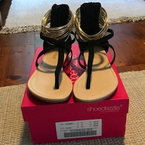 Shoes - NIB sandals
